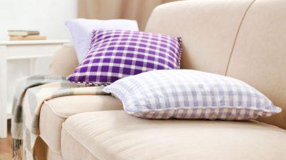 nettoyer un canape en tissu - astuces